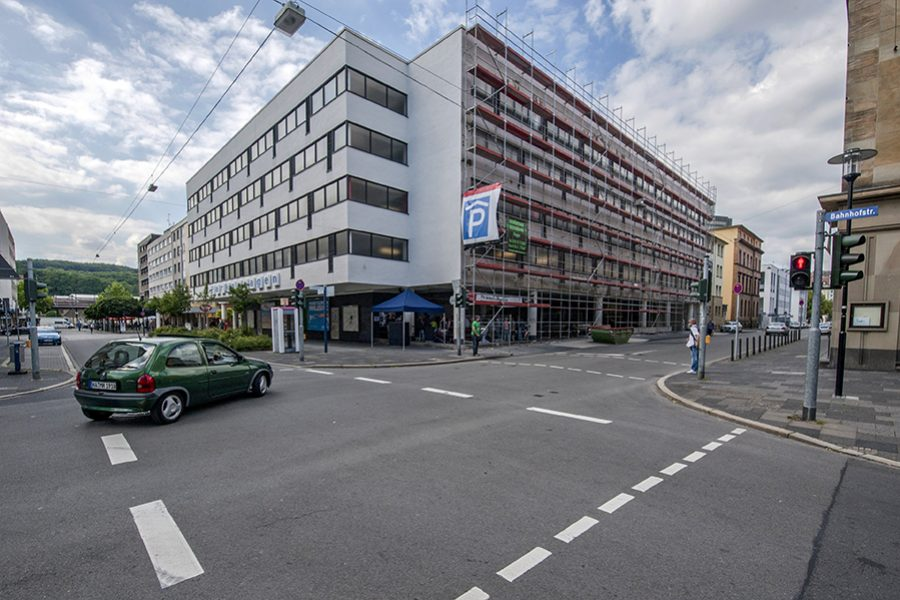 Der Blaue Tisch in der Bahnhofstraße in Hagen am 19.07.2013